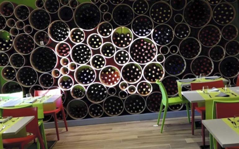 5 Best Wine Shop Designs