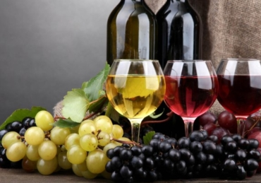 Top 5 Sweetest Red Wines All Under ₦ 3.000 In Nigeria