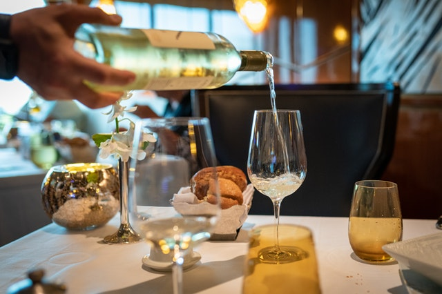 5 Best White Wines for Cooking In Nigeria