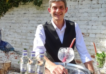 London Essence Company asks drinkers to donate to The Drinks Trust