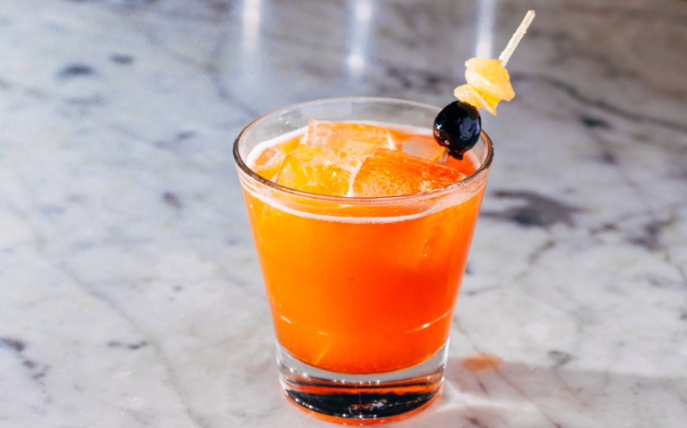 How to Put a Thai Twist on Classic Cocktails